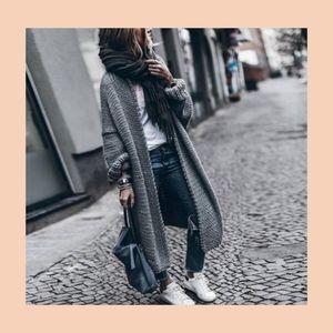 Sweaters - Grey cardigan sweater